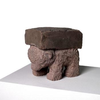Lastenbär   Sandstone   26x15,5x25cm   2007