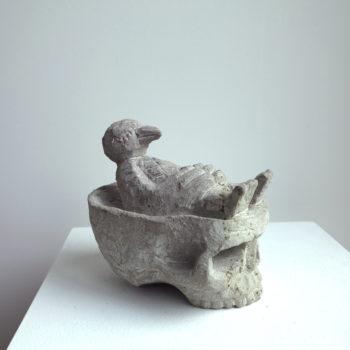Bird on half Skull | Sandstone | 17,3 x 16,5 x 13 cm | 2013
