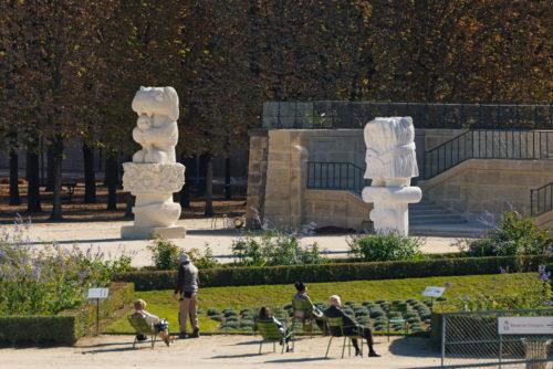 Stefan Rinck at Hors les Murs, 2021, Jardin des Tuileries, Paris. Photo A. Mole. Courtesy Semiose, Paris and Sorry We're Closed, Brussels.